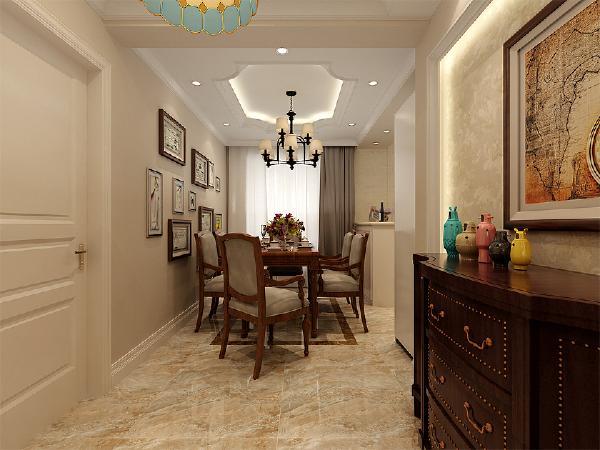 餐厅的设计以纯美家具为中心,基础装修都是做为辅助中心来做的陪衬。