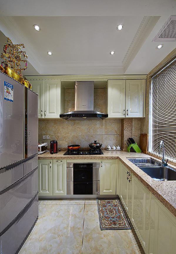 时尚欧式风格厨房