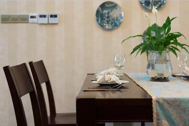 美式 田园 三居 混搭 小资 餐厅图片来自实创装饰上海公司在128㎡美式田园风大三居的分享