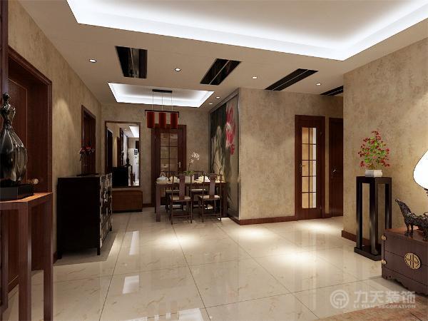 本案在总体上呈现多元化,兼容并蓄的状况。室内布置中也有既趋于现代实用,又吸取传统的特征,例如传统中式的茶几、沙发;传统木质吸顶灯具和墙面装饰画,配以现代的吊顶等等。