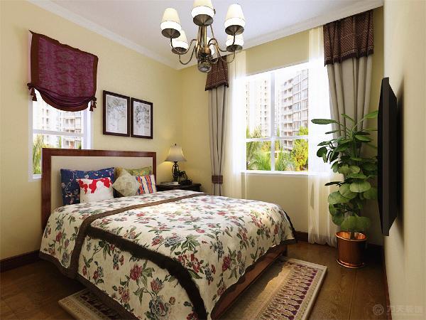 本方案采用了美式风格的设计手法,整个空间沉厚、稳重,墙面整体刷淡黄色乳胶漆