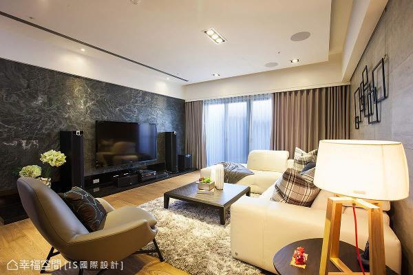 透过设计的感染力,展现别出心裁的美感,也将居宅的轩宇面貌引领出来。