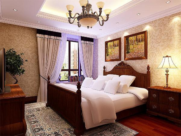 最后我们看卧室,卧室是回字形吊顶加灯带装饰,中间是吊灯。墙面采用花纹壁纸,美式的床将美式的特点突出的淋漓尽致。