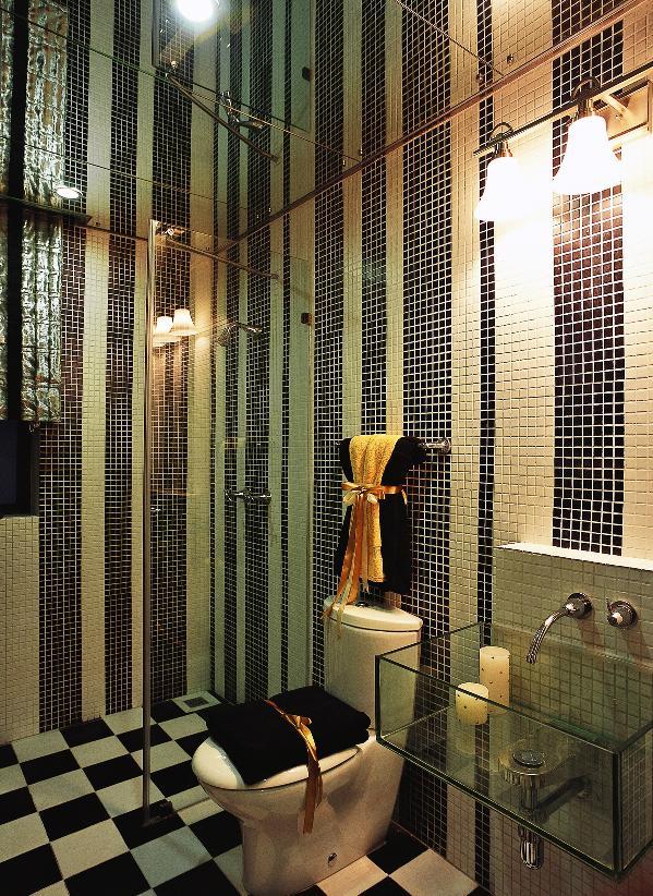 新古典风格2008年在开始在中国家装界流行起来,它利用现代的手法和材质还原出家居古典气质,兼备古典与现代的双重审美效果,在享受物质文明的同时得到精神上的慰藉。
