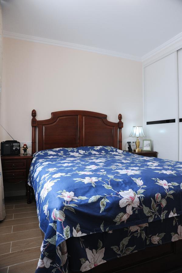 欧式三居卧室