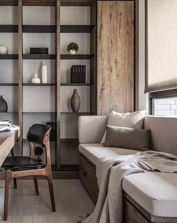 ▲ 靠窗用定做卡座沙发,适于看书休闲