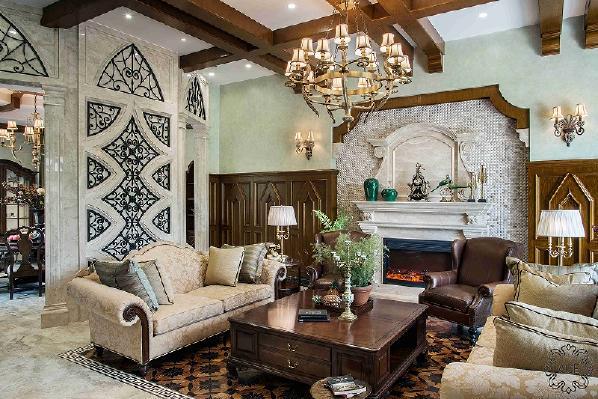 来到2012年,与一位智慧的业主相识,并荣幸的承接了她别墅的设计改造,从建造外观到室内,历时两年半,最终呈现。