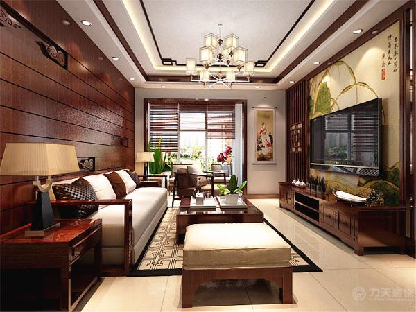 因为设定的住户是老人,所以特意选了比较柔软的沙发。在客厅的小阳台上放了两把休闲椅,可以享受午后的阳光,让生活更美好