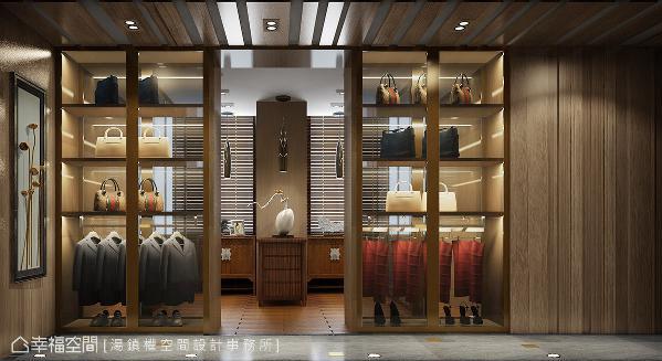 天花板以镂空造型木片延伸空间视线,衣柜采开放式的展示规划,呈现出精品橱窗店的设计概念。 (此为3D合成示意图)