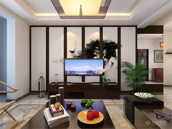 中间是一个吊灯作为主光源,分别在电视背景墙和沙发背景墙两侧的吊顶做了发光灯池,还装有筒灯,作为辅助光源,也有一定的装饰作用;