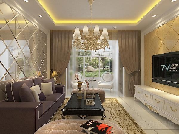 客厅顶部用大型灯池,并用华丽的吊灯和筒灯灯光来营造气氛,用白色乳胶漆刷顶面,带花纹的壁纸贴整个墙面,斜铺的瓷砖做为电视背景墙