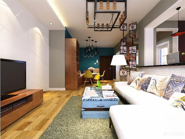 本方案主要采用了现代英伦风的设计风格,整个空间地面通铺木地板,电视背景墙为不规则的石膏板拉缝造型