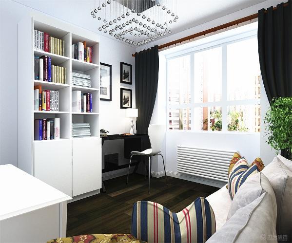 接下来是书房,书房靠窗的位置放置了一张书桌,书桌的边上是书柜,与之相对的是沙发。