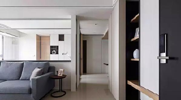 ▲ 白色为基础色,结合木质元素,现代感的家具,营造清爽的家居环境