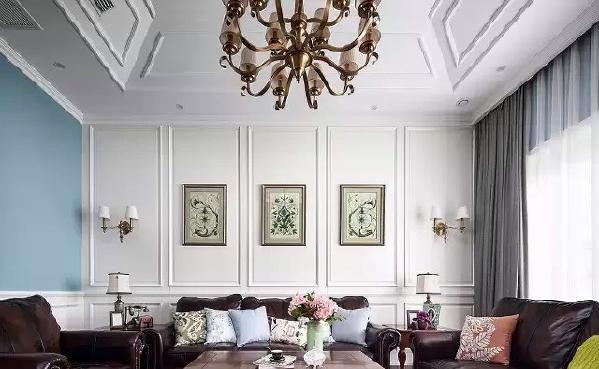 非常美式风味的客厅,顶部造型增加空间感图片