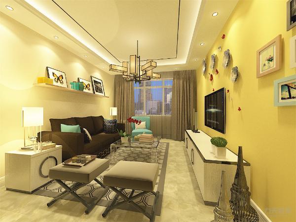 整体设计低调却奢华,采用鲜明的色彩对比,采用多纯颜色来搭配,体现简约中的颜色比。