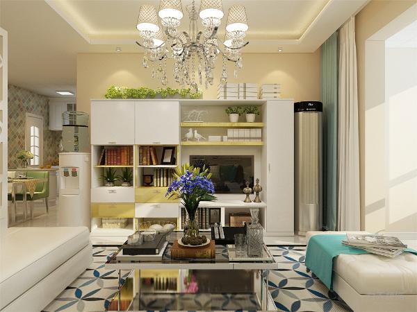 客厅放置了转角沙发,美观实用性较强。墙面粉刷淡黄色乳胶漆,,地面通铺800*800白色地砖,使空间通透明亮。