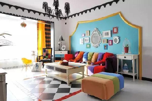 ▲鲜亮的糖果色家具和装饰,带给人轻快的心情,生活不是平淡如水,而是充满激情。