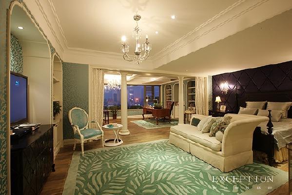 地毯的实用可鉴于家居空间功能性的区别,不同的地毯适用于不同的区域。家居中多用小块地毯,优势在于:它不会完全隐藏你精心挑选的地板。
