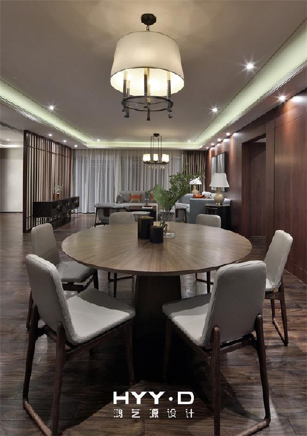 餐厅 相聚离不开餐桌,同在圆桌上用餐或许是表现相聚最好的方式。生机盎然的绿植,注入了生命的活力。同时也对下次相聚充满期待!