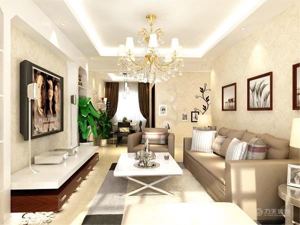 沙发选用了咖色的布纹,提升空间温馨色彩,客厅电视背景墙采用石膏板造型模式,中间用上隔板和装饰物,美观大方。
