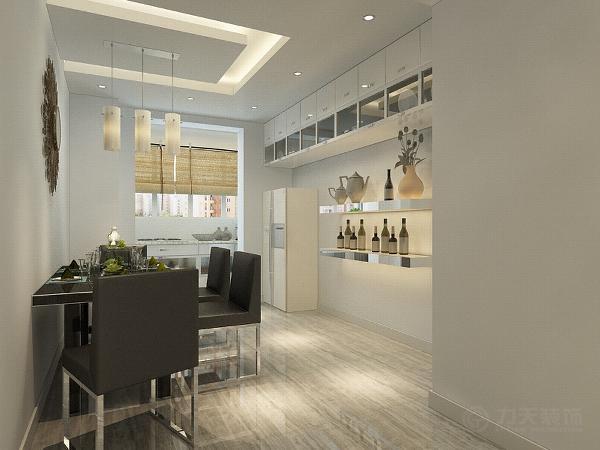 餐厅吊顶采用U形吊顶加灯带装饰,中间是三个吊灯。餐桌椅的背后是一组吊柜,利于储物。地面通铺大地砖。通透明亮。