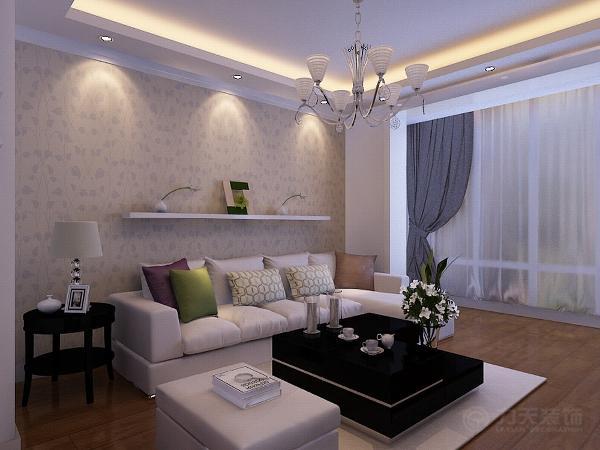 地面铺装上则是客厅、餐厅、卧室、书房通铺木地板,使整体色调偏温馨,暖色。