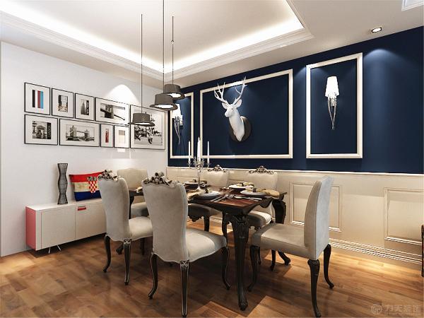 从沙发到餐桌餐椅,再到小饰品的点缀,都很好的体现出了整个空间的装修特点,赋予其浓厚的英伦主义色彩,整个空间让人感觉十分温馨,舒适。