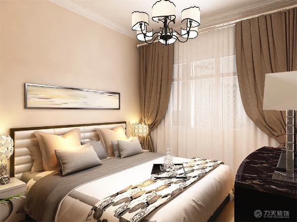 主卧室铺强化复合地板卧室放双人床,衣柜采用推拉门式,主卧内放电视柜,次卧室放双人床,放衣柜,起到储物作用,两个卧室床头放展示画,起到修饰作用。