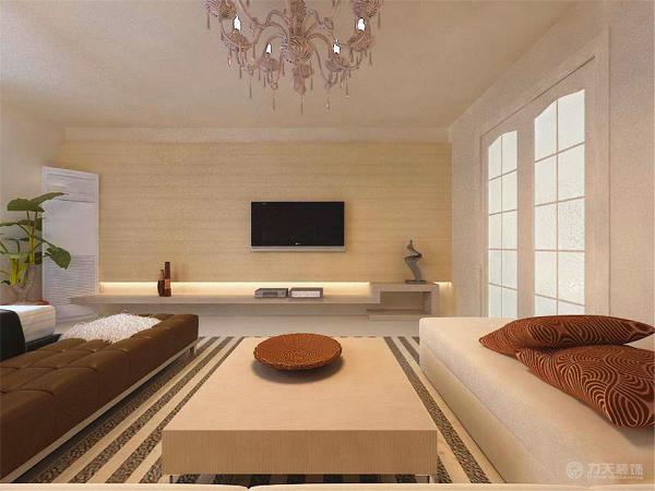 和电视背景墙后面的灯带照射出来的灯光,还有旁边的绿植,使整个电视背景墙把客厅提升起来。