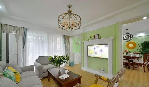 壁炉造型的电视背景墙