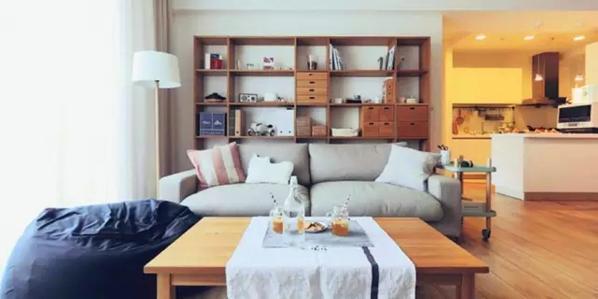 ▲ 实木茶几、双人位布艺沙发、懒人沙发、收纳格子