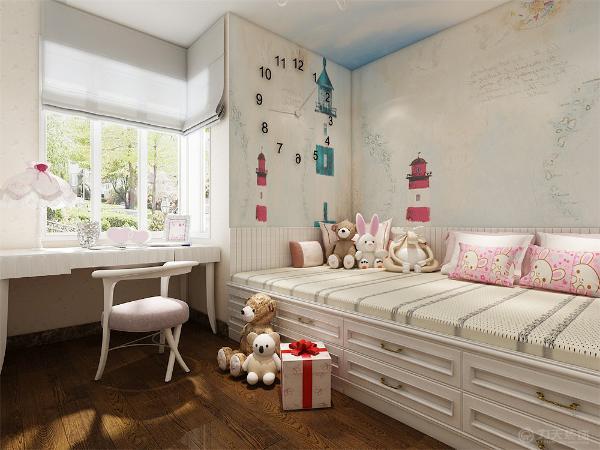 主卧用的是双人床和床头柜的组合,因为户主家是个女儿,所以儿童房设计的比较可爱,用玩偶和粉色抱枕做装饰,墙面选用了儿童画的壁纸,房顶选用了蓝天白云的壁纸,整个房间温馨舒适。