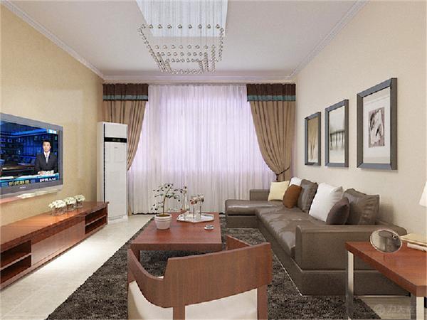 客厅墙面采用的是浅黄色的墙面漆,顶面一圈石膏线装饰,电视背景墙为黄色壁纸