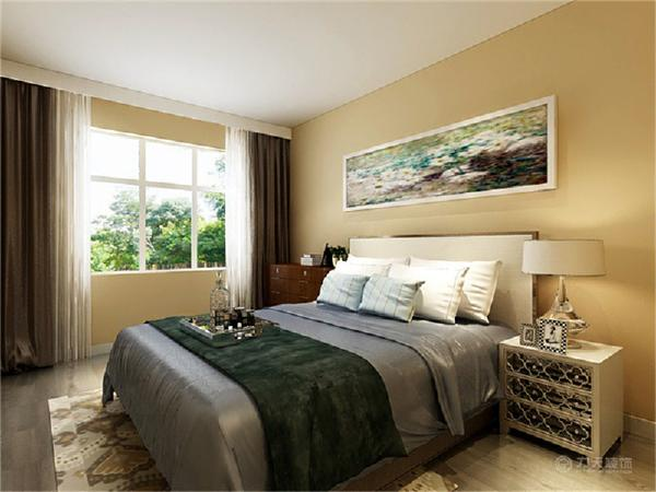 主卧是主人休息的区域,主卧的设计空间合理简洁,木色的床加上蓝色的靠枕,整体墙面刷浅蓝色乳胶漆