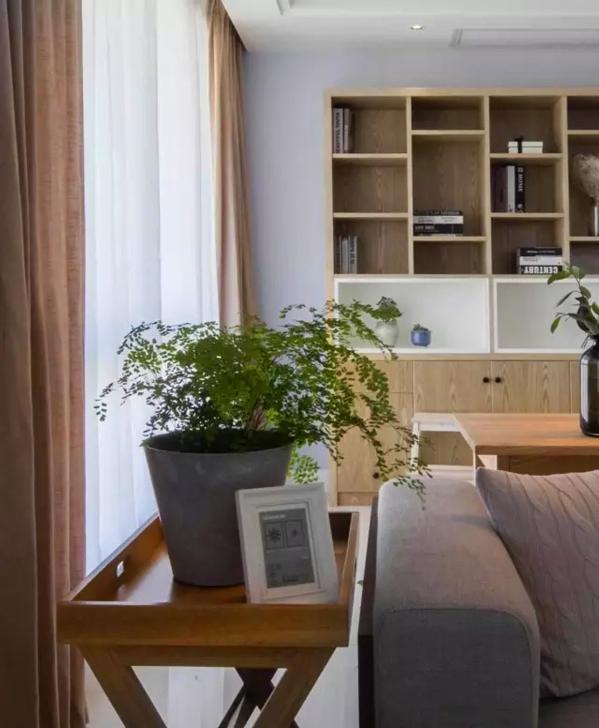 ▲ 特别的沙发角几,实现功能的同时又有设计感