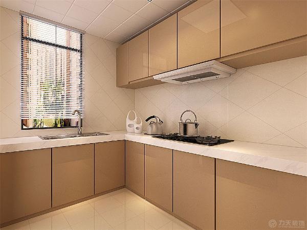 厨房的整体厨房采用香槟色,显得高端整洁。