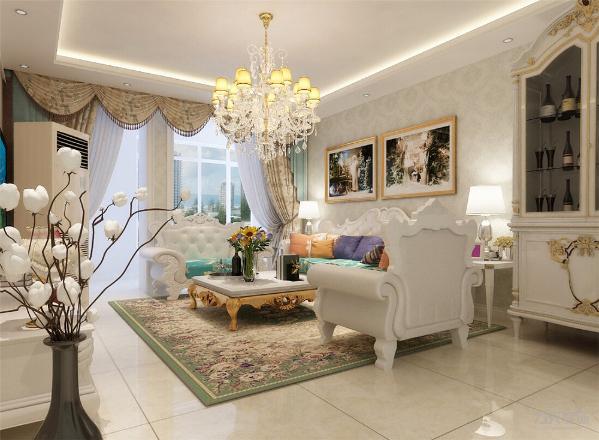 在色彩上,运用明黄、米白等古典常用色来渲染空间氛围,营造出富丽堂皇的效果。在材质上,采用仿古地砖、欧式壁纸、大理石等,强调了稳重、华贵与舒适。
