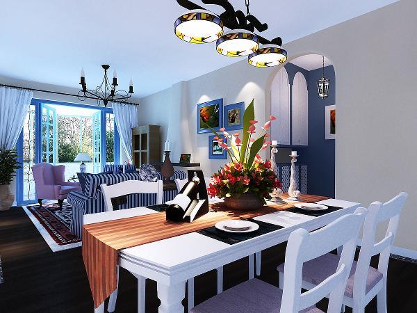 在选色上,选择直逼自然的柔和色彩,在组合设计上注意空间搭配