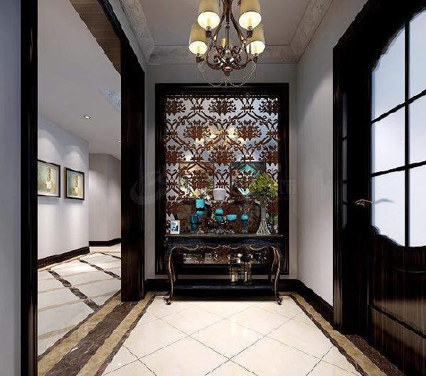 陈设上混搭了多种格调的家具及饰品,让空间呈现出一种有品位有内涵,又高雅又内敛的视觉豪华感。