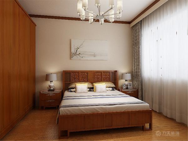 将阻挡采光的卧室墙打开,将这里作为书房使用,同时延伸的客厅空间,让空间更自由丰富。