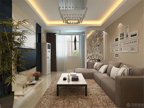 该户型面积比较适中,客餐厅区域选择了800*800地砖,既容易清洗,又比较耐磨。沙发选择了棕色的布艺L型沙发,沙发上的靠垫采用了同样清雅的白色与棕色。