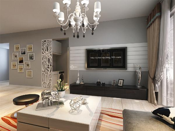 接着看客厅,因为整个空间都没造型,所以沙发背景只是挂了三幅画,既大方又美丽简约、还经济实惠。