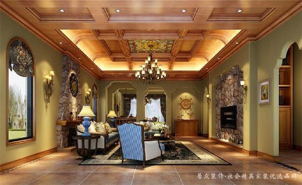 """设计师选择""""美式·古典·乡村""""作为这套别墅的主要设计元素。通过入户花园进入室内,与顶棚弧形井干式穿插的木梁对应起来,视觉上感到和谐而稳定。墙面沙发背景居中的位置是一个美式壁炉特别引人注意。"""
