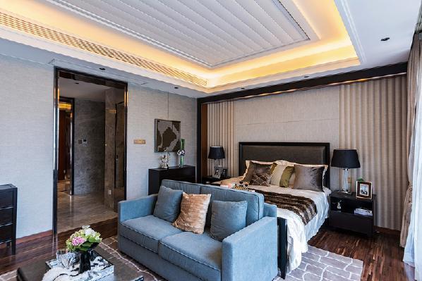 卧室满足就寝需求的同事可以满足晚间看电视,喝茶的需求。