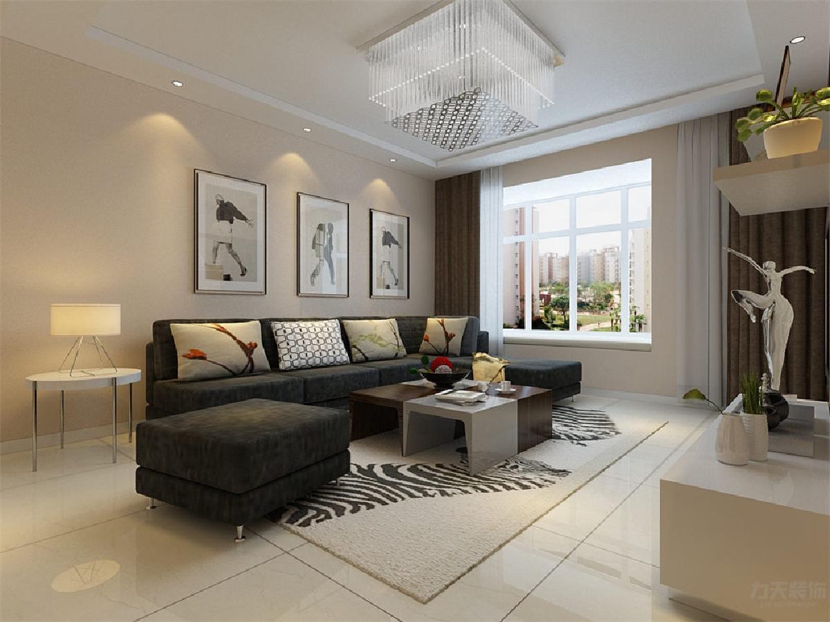 客厅在家具配置上,深灰色的沙发,与花色抱枕的搭配,使家具倍感时尚