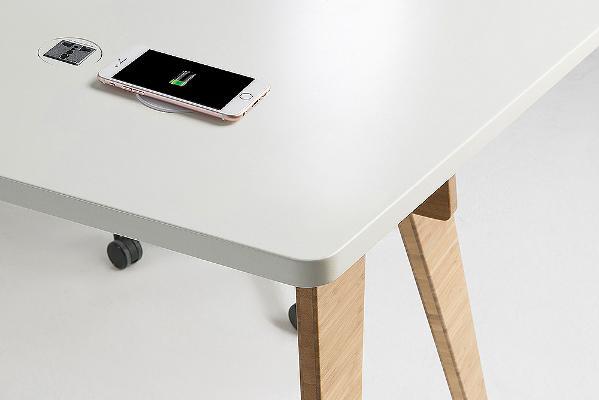 桌上无线充电