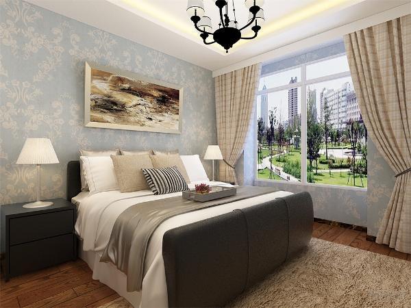 主卧的面积比较大,床选择了纯色的,有一点小小造型的,电视柜的造型是硬线条的效果,挂画和客厅的大相径庭,突出中心,衣柜选择简单的简洁的,适度的装饰是家居不缺乏时代气息。
