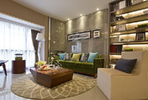 石材墙面的装饰利落华丽,在吊顶的设计中既没有做平顶造型也没有石膏线,而是简单的用射灯装饰,布光成熟,打造出温和明亮的环境。软装家具的搭配上采用清新的柠檬绿色,起到提亮的作用。