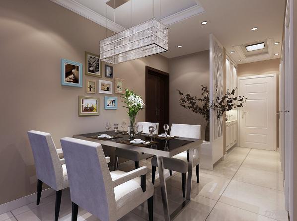 餐厅放置一张大餐桌和整面酒柜方便灰棕为主聚餐会友。